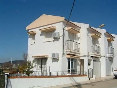 3 Zimmer Haus zu verkaufen in Cabezarrubias del Puerto mit Garage - 61.000 € (Ref: 3850244)