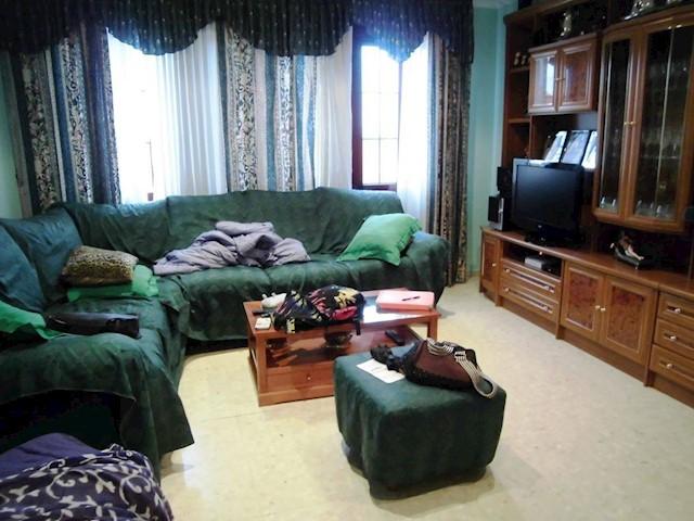 3 sypialnia Dom na sprzedaż w Miguelturra z garażem - 260 000 € (Ref: 3850331)