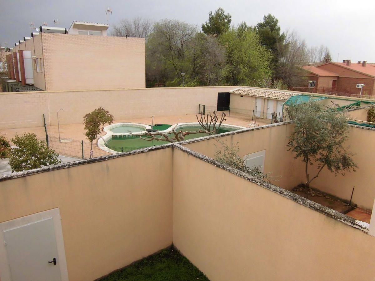 Casa de 4 habitaciones en Torralba de Calatrava en venta con garaje - 150.000 € (Ref: 3921140)