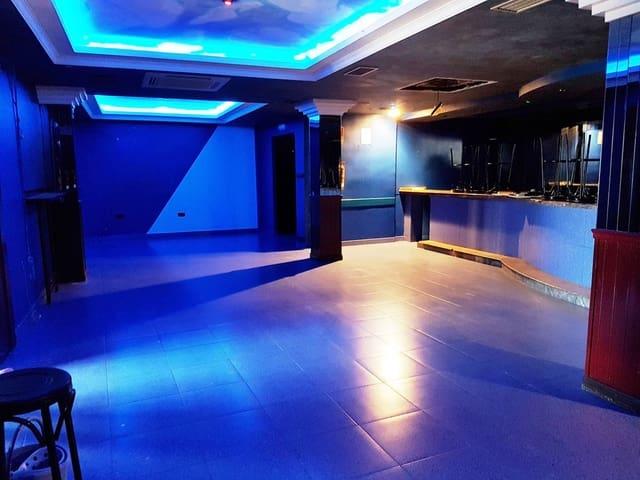 18 soveværelse Hotel til salg i Pozuelo de Calatrava med garage - € 350.000 (Ref: 4538537)