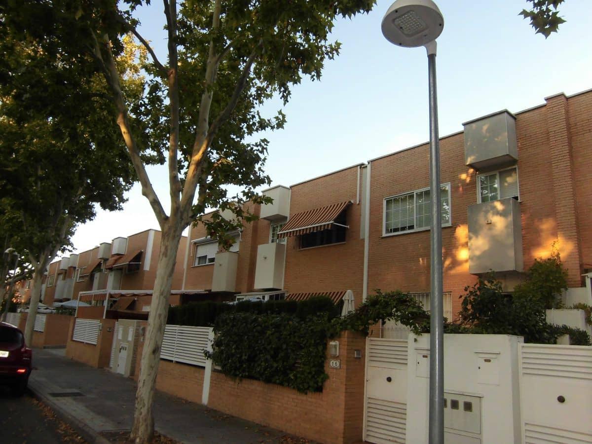 Casa de 4 habitaciones en Ciudad Real ciudad en venta con garaje - 245.000 € (Ref: 4818266)