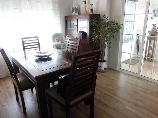 Casa de 2 habitaciones en Calzada de Calatrava en venta con piscina - 79.000 € (Ref: 5101906)