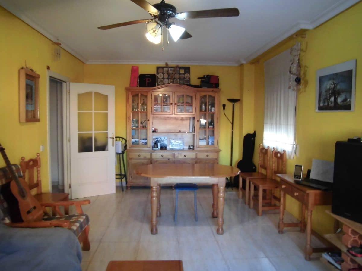 2 sovrum Lägenhet till salu i Ciudad Real stad med garage - 95 000 € (Ref: 5101907)