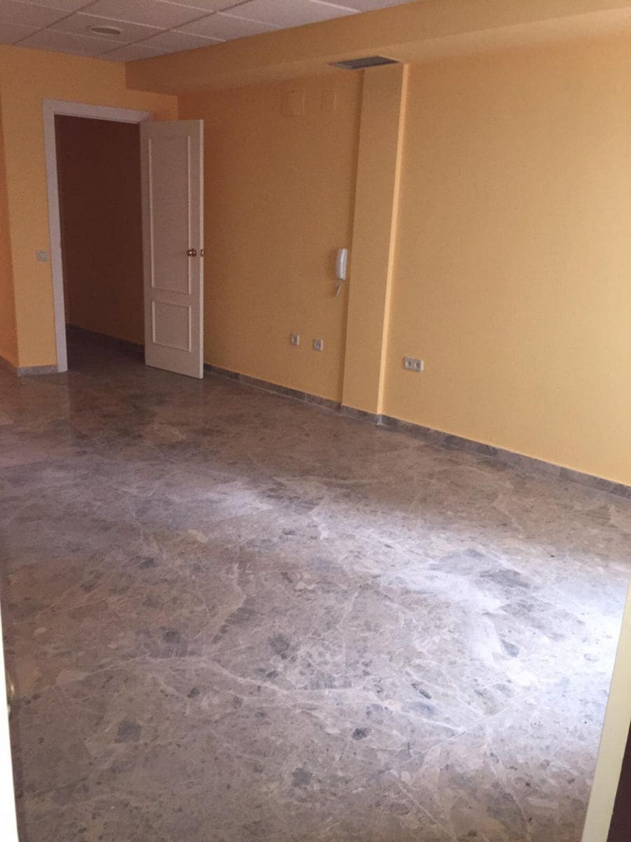 4 soveværelse Kontor til leje i Ciudad Real by - € 650 (Ref: 5298017)