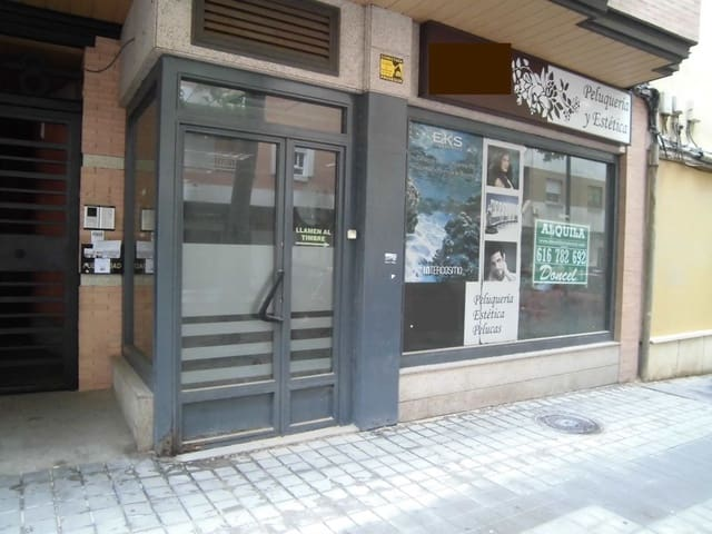 3 makuuhuone Kaupallinen vuokrattavana paikassa Ciudad Real kaupunki - 490 € (Ref: 6046475)