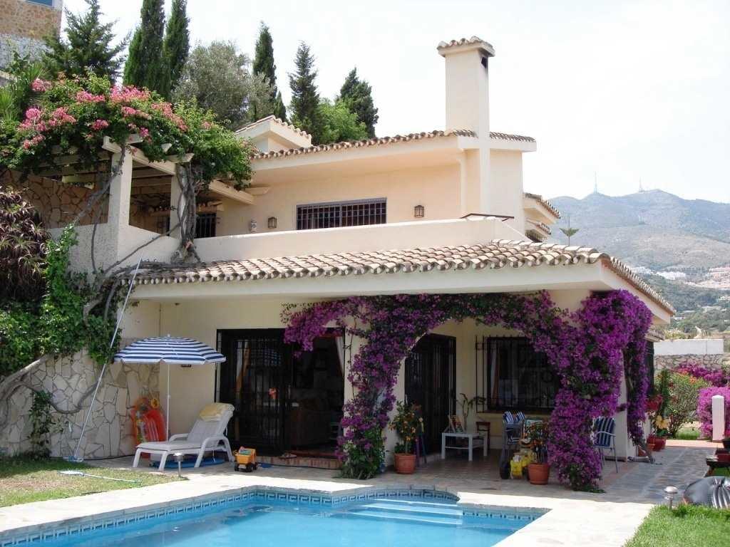 3 bedroom Villa for sale in Benalmadena with pool garage - € 750,000 (Ref: 3493381)