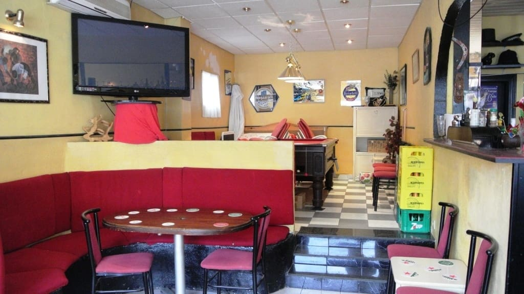 Restaurant/Bar for sale in Torremolinos - € 180,000 (Ref: 4435147)
