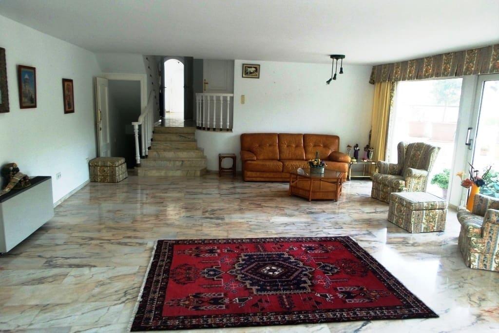 7 sypialnia Dom blizniak na sprzedaż w Miasto Malaga z basenem - 750 000 € (Ref: 5221984)