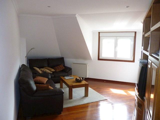 2 sovrum Lägenhet till salu i Ribeira med garage - 88 000 € (Ref: 3630318)
