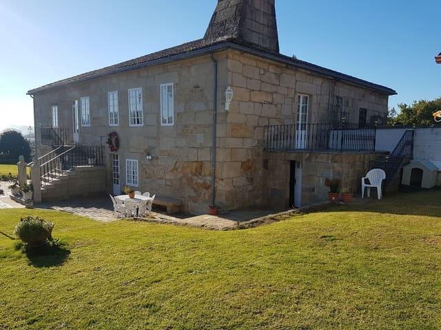 6 sovrum Finca/Hus på landet till salu i Padron med pool garage - 690 000 € (Ref: 3630373)