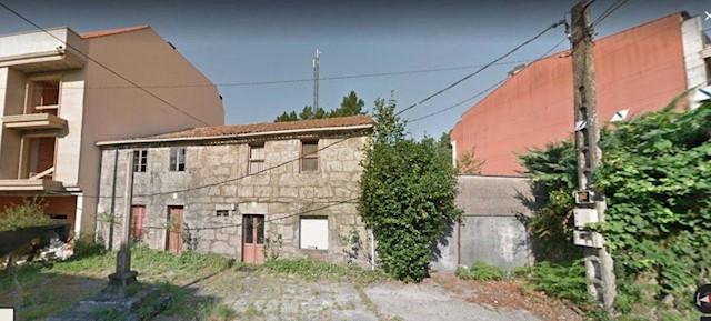 Grunde uden byggetilladelser til salg i Padron - € 380.000 (Ref: 3630605)