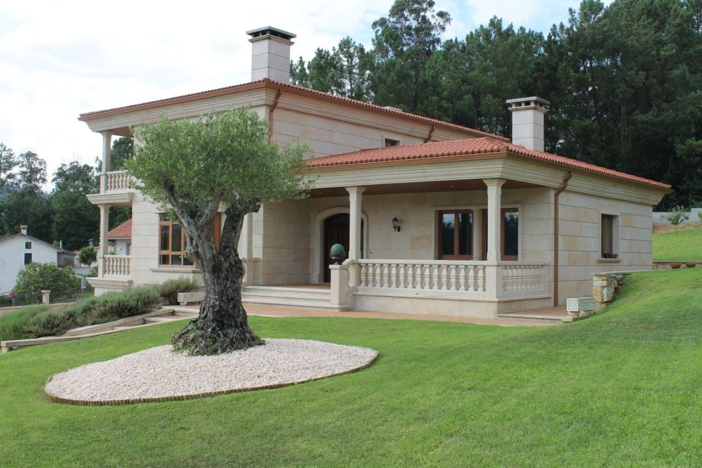 4 bedroom Villa for sale in Vedra with garage - € 700,000 (Ref: 3630805)