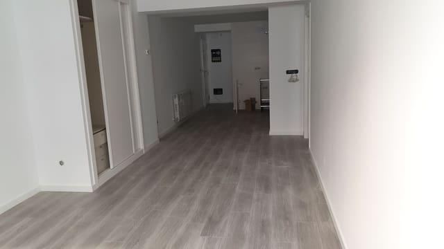 2 soveværelse Lejlighed til leje i Santiago de Compostela - € 750 (Ref: 5115905)