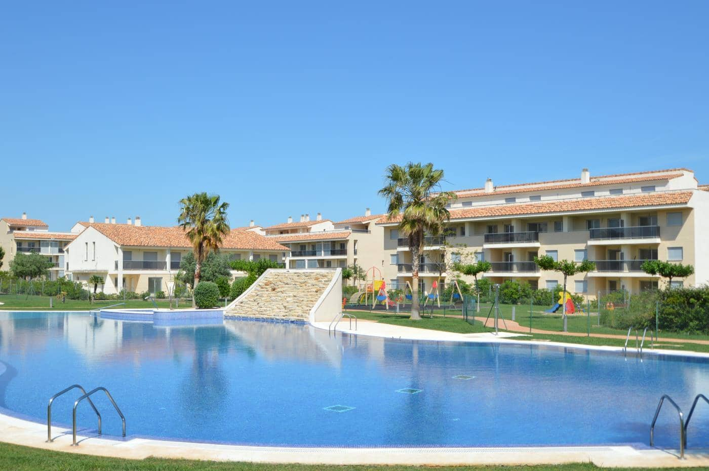 2 bedroom Apartment for sale in Sant Jordi with pool - € 80,000 (Ref: 4915020)