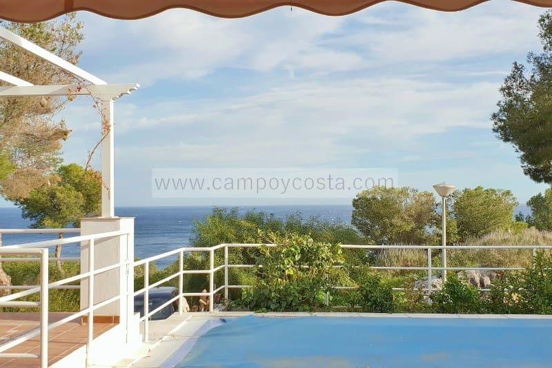 4 bedroom Villa for sale in La Herradura with pool garage - € 580,000 (Ref: 4416464)