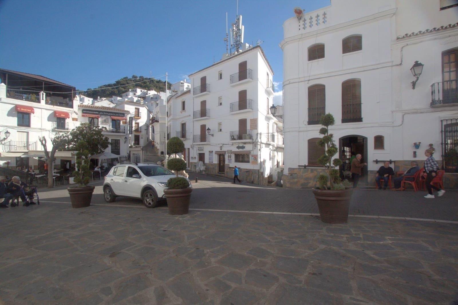 Hotel de 9 habitaciones en Casares en venta - 300.000 € (Ref: 4665029)