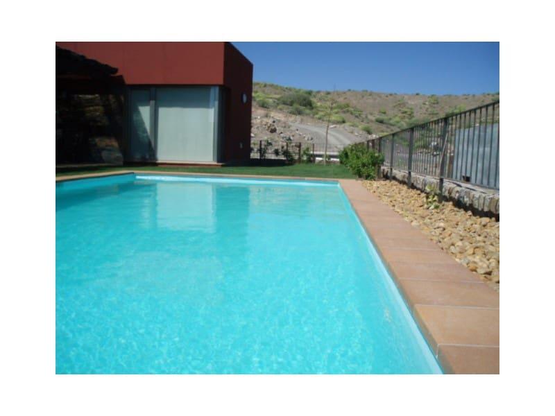 2 slaapkamer Villa te huur in Salobre Golf - € 2.500 (Ref: 5237597)