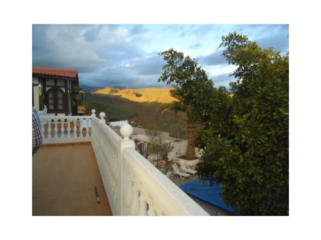 4 sovrum Villa till salu i Montana la Data - 750 000 € (Ref: 5237620)