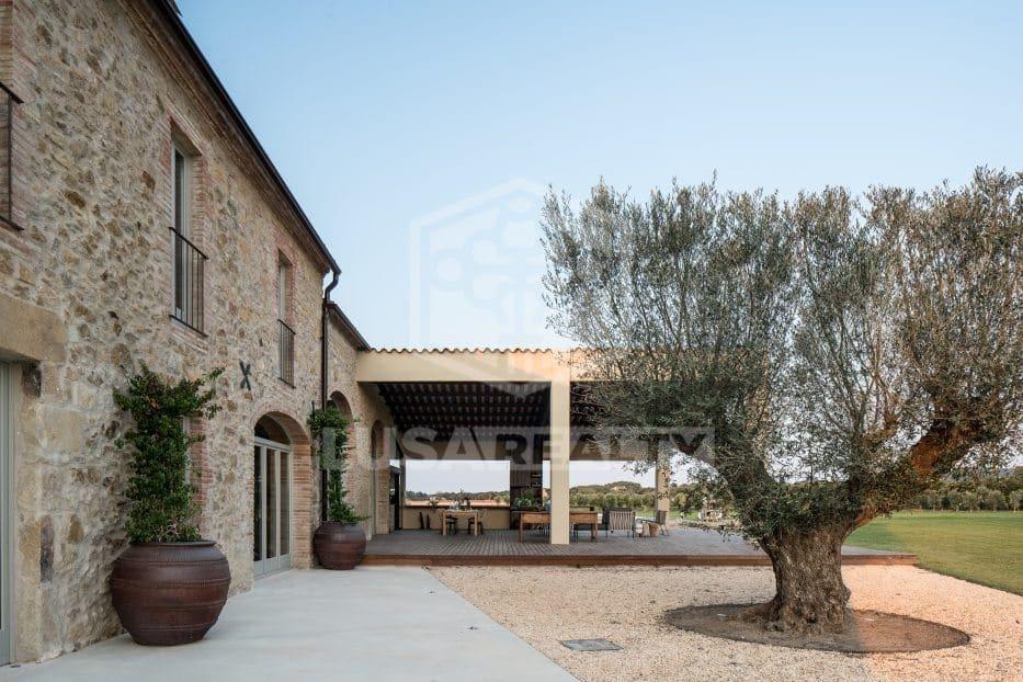 6 sypialnia Komercyjne na sprzedaż w Miasto Girona z basenem garażem - 2 900 000 € (Ref: 5029670)