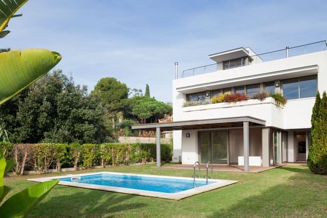 5 bedroom Villa for rent in Sant Vicenc de Montalt with pool garage - € 3,200 (Ref: 5069780)