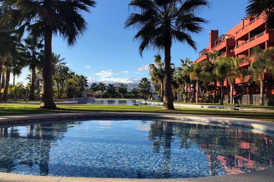49 quarto Comercial para venda em Castelldefels com piscina - 6 850 000 € (Ref: 5081602)