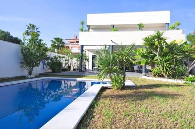 4 slaapkamer Villa te huur in Calafell met zwembad garage - € 9.300 (Ref: 5130524)