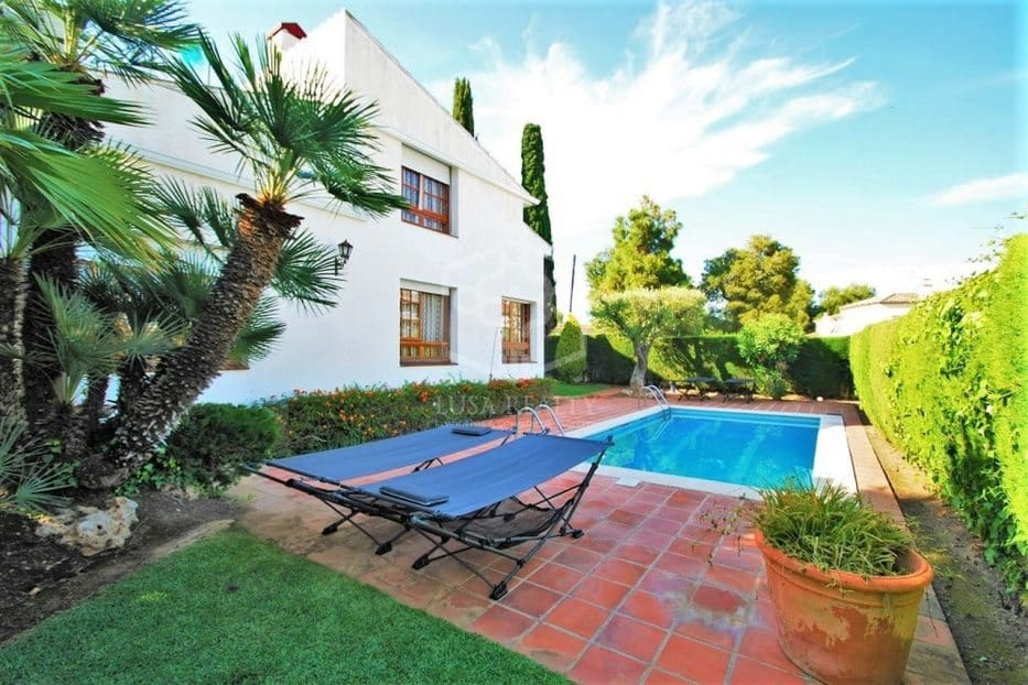5 bedroom Villa for holiday rental in Calafell with pool garage - € 2,000 (Ref: 5171188)