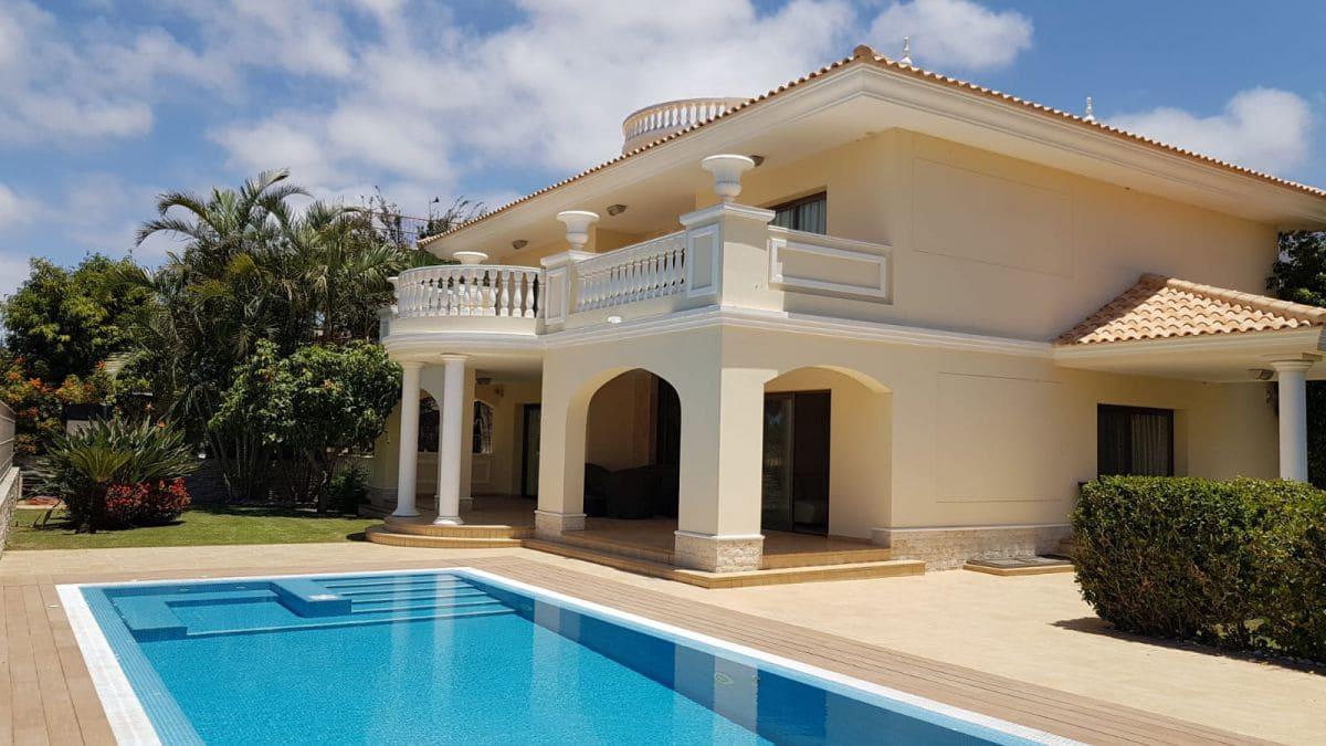 4 bedroom Villa for rent in La Caleta Adeje - € 5,500 (Ref: 5984238)