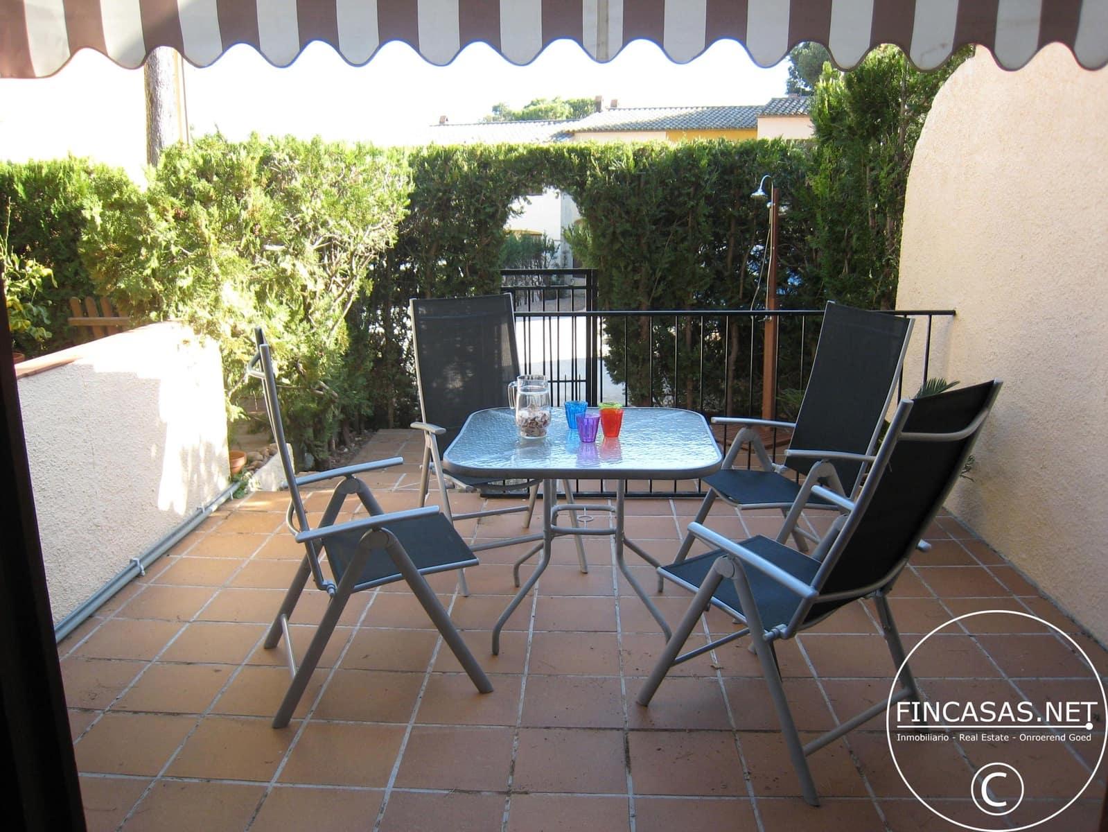 2 bedroom Terraced Villa for holiday rental in L'Estartit with pool - € 266 (Ref: 4479784)