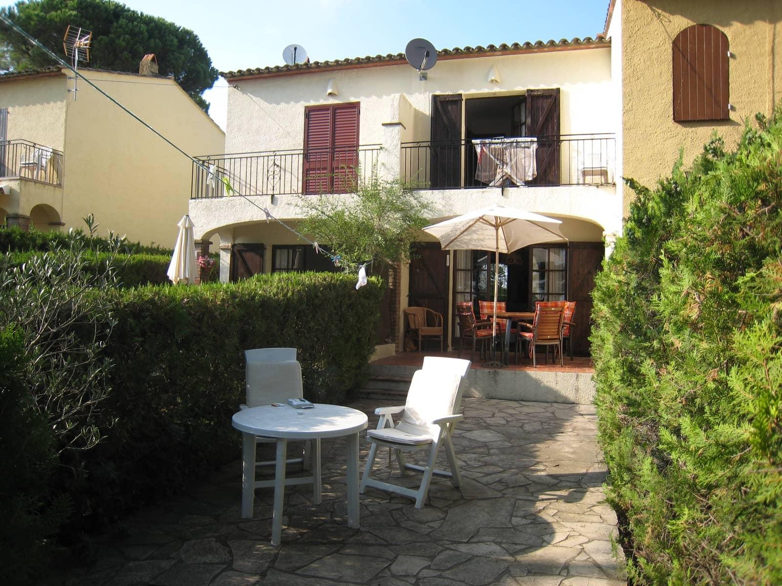 Adosado de 2 habitaciones en L'Estartit en alquiler vacacional con piscina - 343 € (Ref: 4631424)