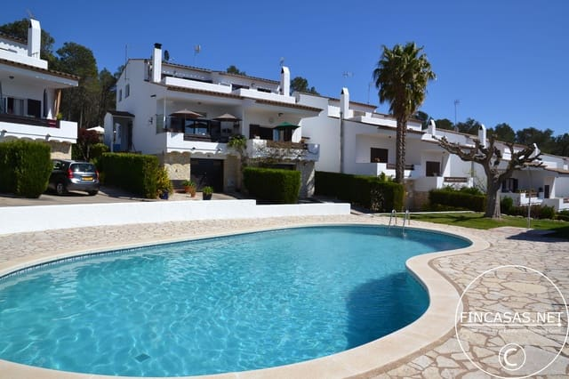 3 sypialnia Dom blizniak na kwatery wakacyjne w L'Estartit z basenem garażem - 497 € (Ref: 4633437)