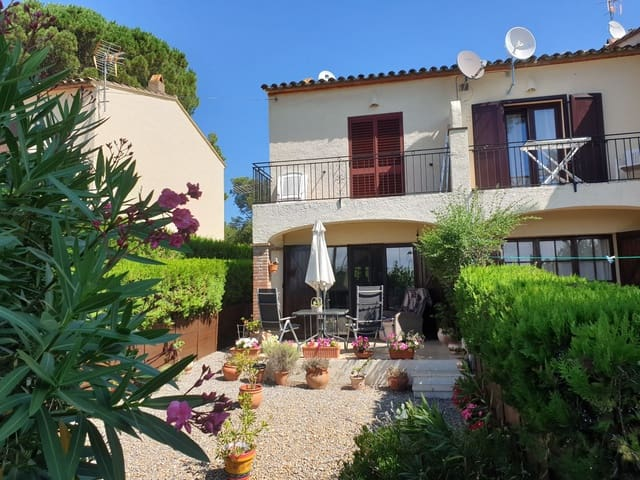 2 bedroom Terraced Villa for sale in L'Estartit - € 159,000 (Ref: 5767618)