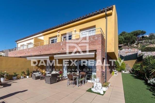 6 sovrum Hus till salu i Lloret de Mar med garage - 650 000 € (Ref: 3758899)