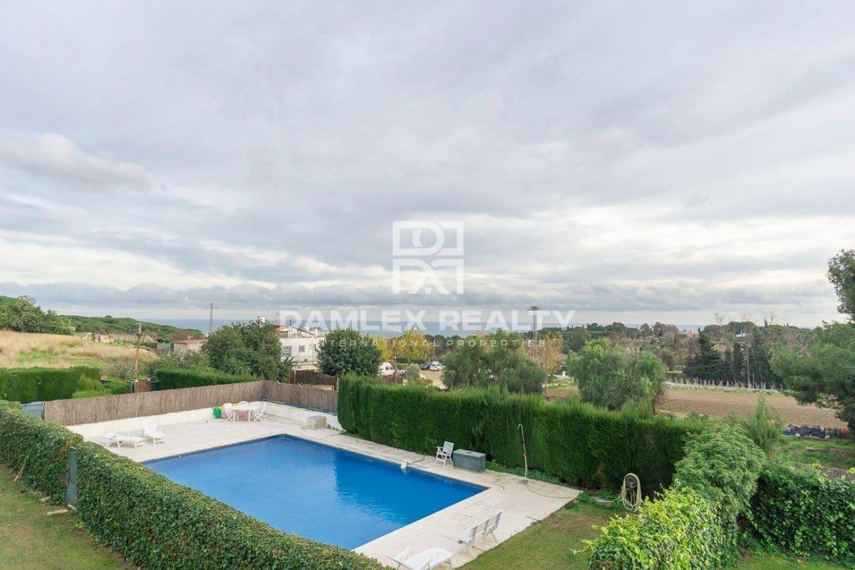 4 quarto Casa em Banda para venda em Cabrera de Mar com piscina garagem - 2 000 000 € (Ref: 4498614)