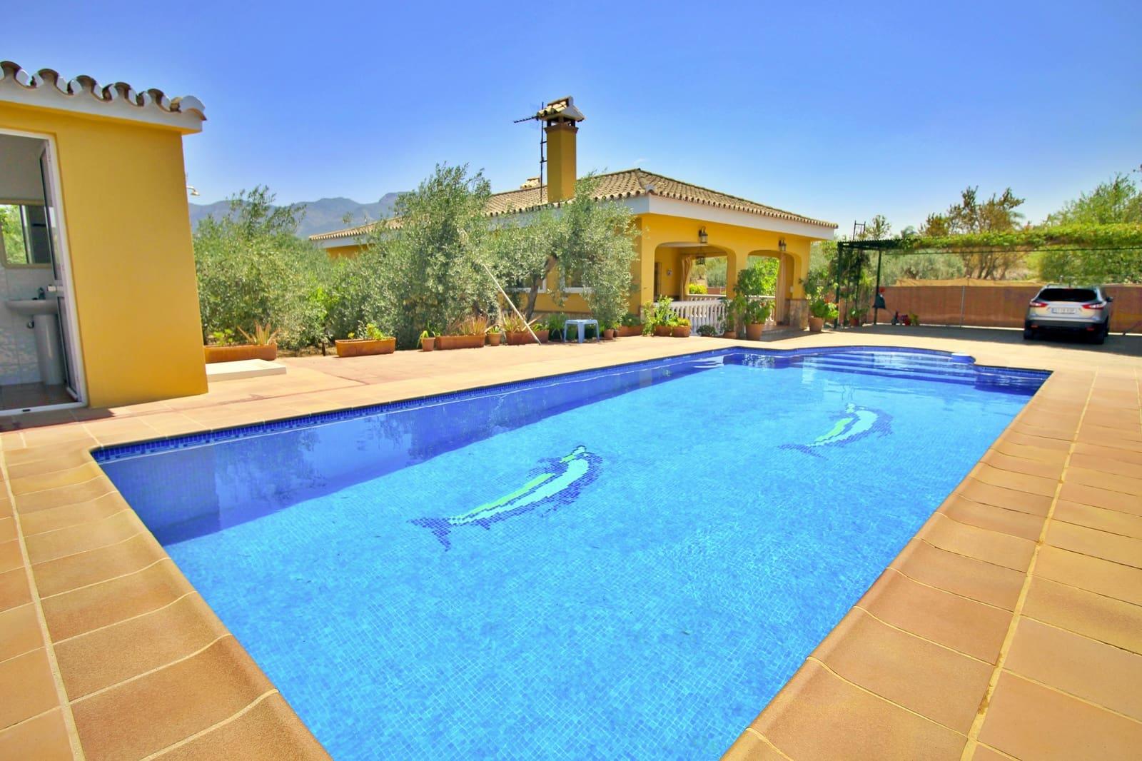 3 soverom Villa til leie i Alhaurin el Grande med svømmebasseng garasje - € 420 000 (Ref: 5393709)