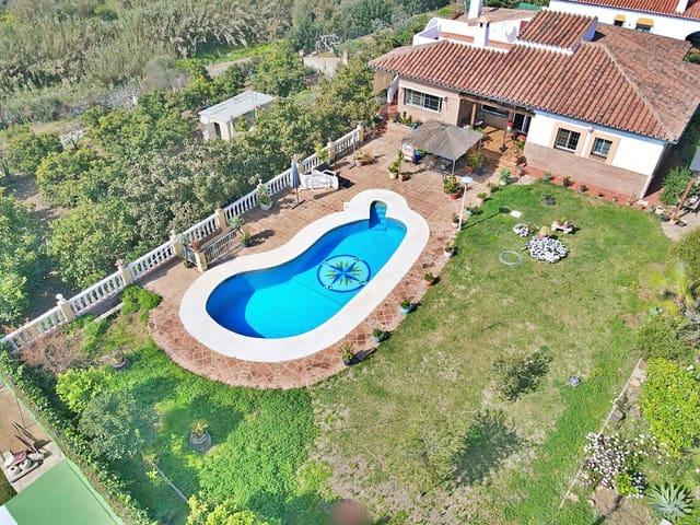 Finca/Casa Rural de 5 habitaciones en Mijas en venta - 750.000 € (Ref: 5925081)