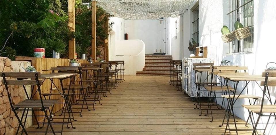 Commercieel te huur in Es Pujols - € 2.100 (Ref: 5898293)