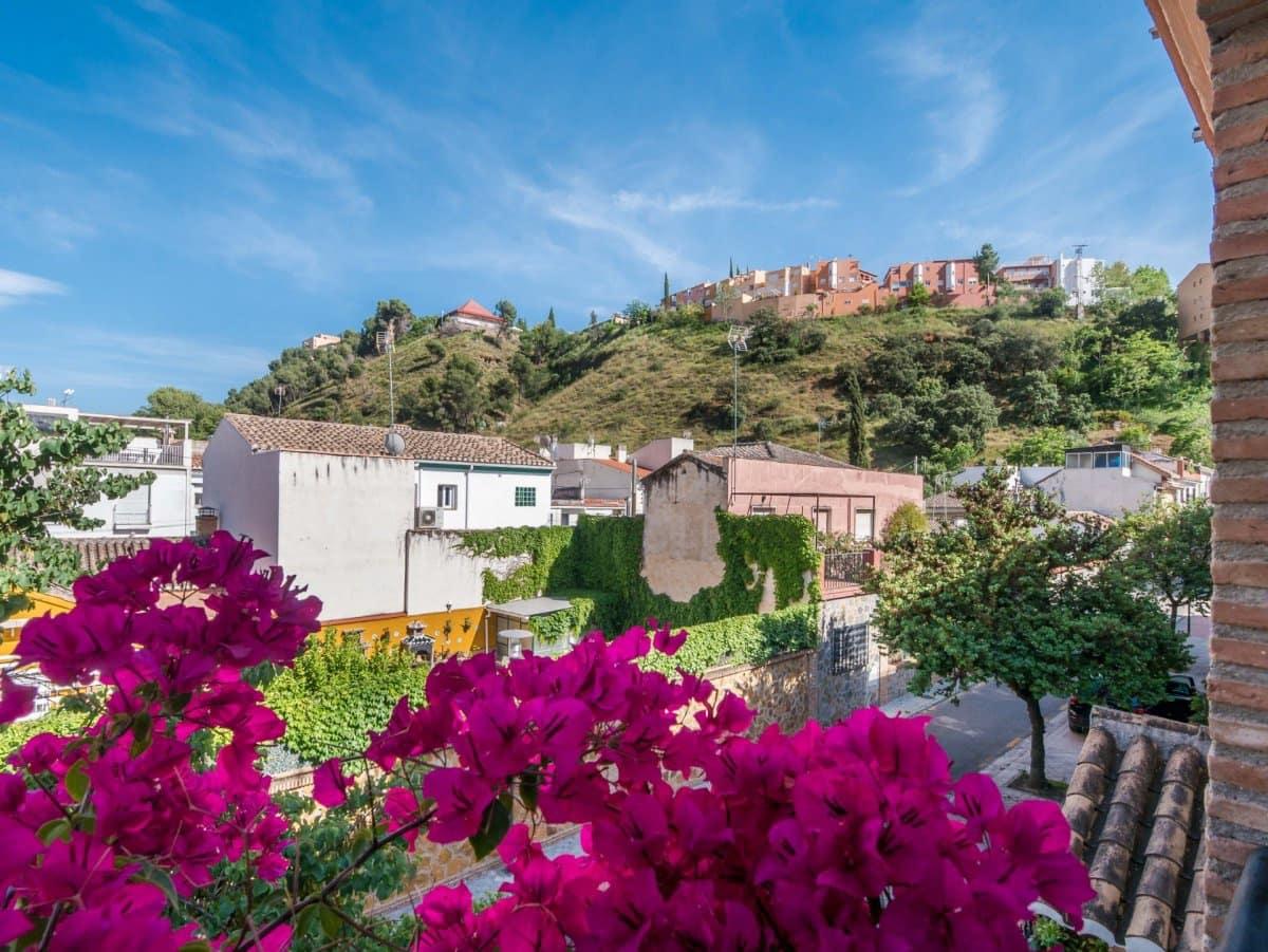 5 chambre Villa/Maison Mitoyenne à vendre à Grenade ville avec garage - 299 000 € (Ref: 4604099)