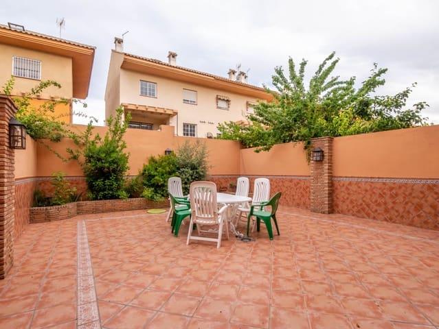 4 bedroom Semi-detached Villa for sale in Ogijares with garage - € 239,000 (Ref: 4671142)