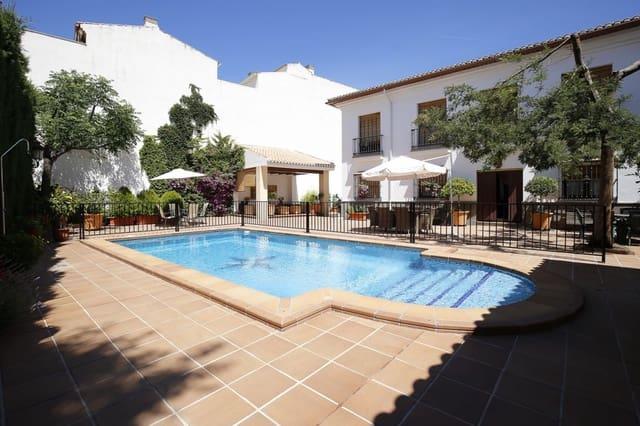 10 soveværelse Villa til salg i Ogijares med swimmingpool garage - € 780.000 (Ref: 6022196)