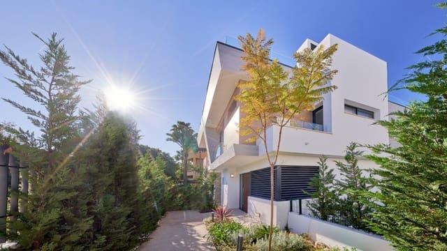 4 sypialnia Willa na sprzedaż w Puerto Banus z basenem garażem - 1 602 000 € (Ref: 4661974)