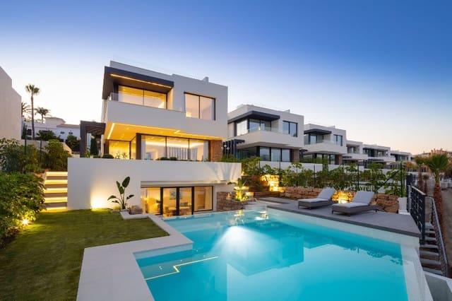 4 sypialnia Willa na sprzedaż w Estepona z basenem - 1 350 000 € (Ref: 5948250)