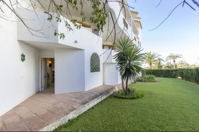 2 bedroom Apartment for sale in Las Chapas with pool - € 287,000 (Ref: 5993235)