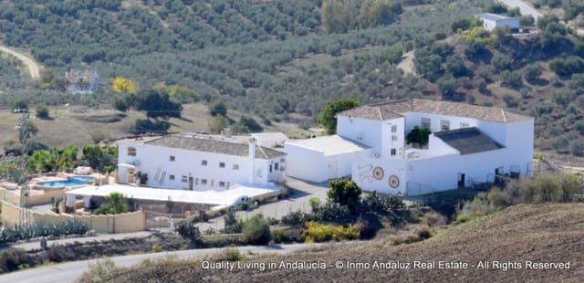 10 soveværelse Erhverv til salg i Olvera med swimmingpool - € 1.700.000 (Ref: 5120963)