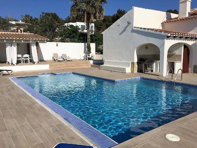 3 sovrum Villa att hyra i Javea / Xabia med pool - 1 000 € (Ref: 4700215)