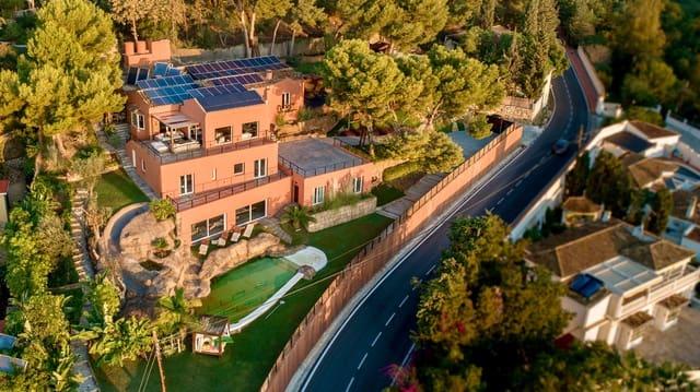 6 soveværelse Villa til leje i Benalmadena med swimmingpool - € 8.500 (Ref: 5754994)
