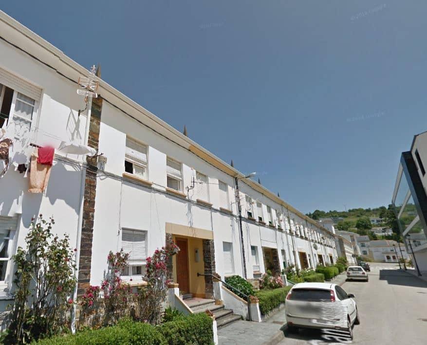 3 quarto Moradia Geminada para venda em Navia - 115 000 € (Ref: 3992840)