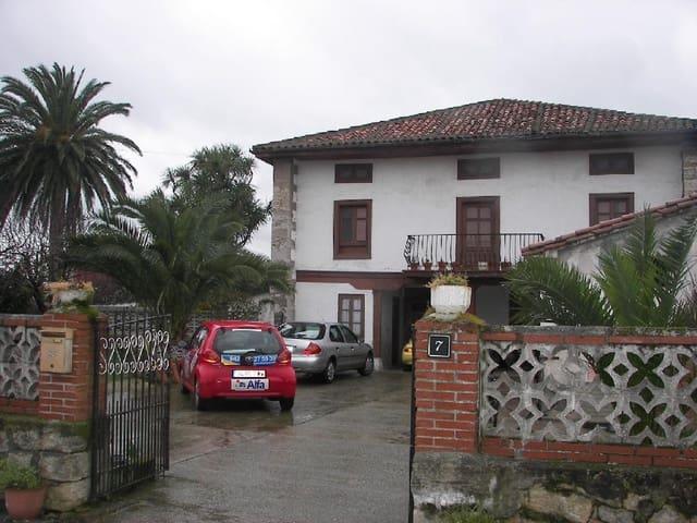 6 Zimmer Villa zu verkaufen in Hinojedo - 280.000 € (Ref: 3173036)