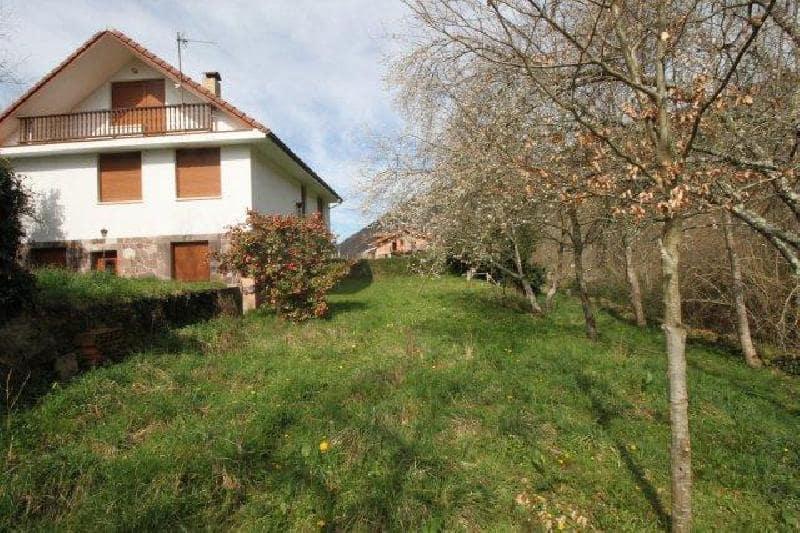 6 bedroom Villa for sale in Rionansa - € 220,000 (Ref: 4529231)