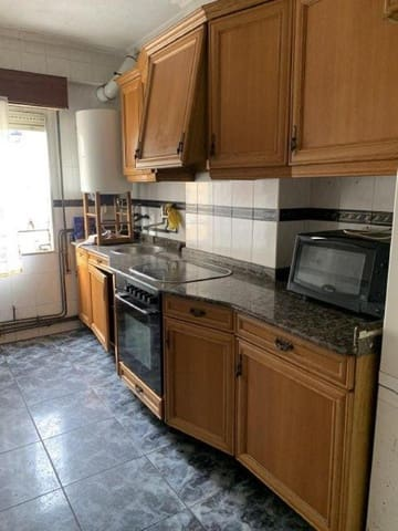 3 chambre Appartement à vendre à Maliano - 109 000 € (Ref: 6007055)